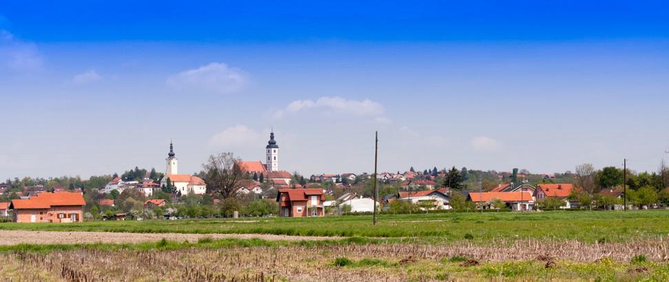 Pogled na srednjovjekovni Ivanić (danas Kloštar Ivanić) s jugozapada, 2014.
